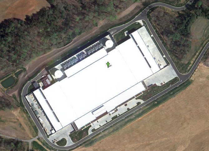 Datacentrum Applu za 1 miliardu dolarů na Google mapách